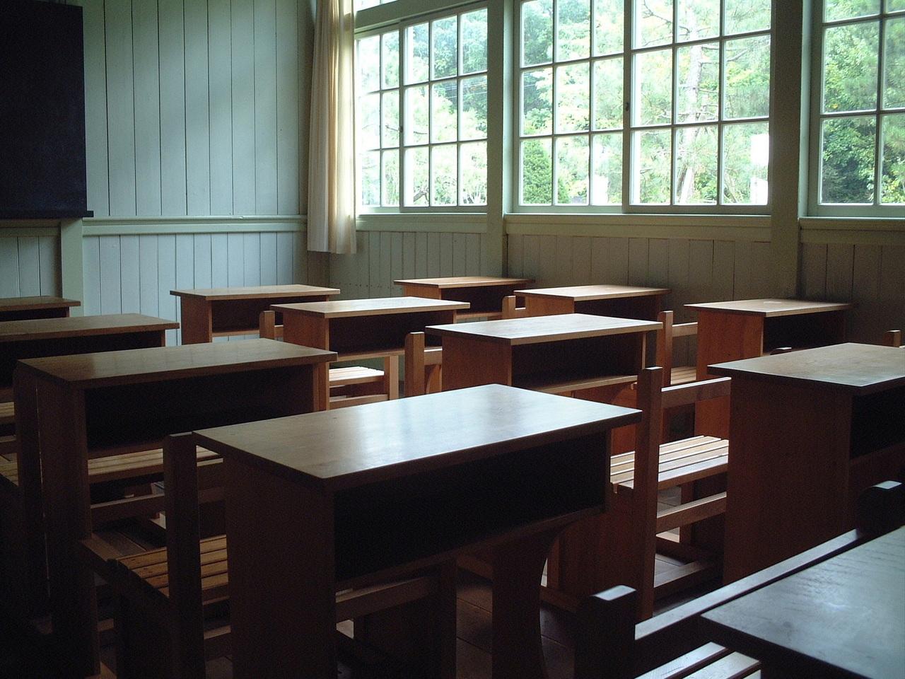 ネイルスクールの体験談とネイリストを目指す人へのアドバイス